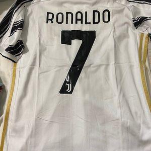 Ronaldo juventus jersey 2021